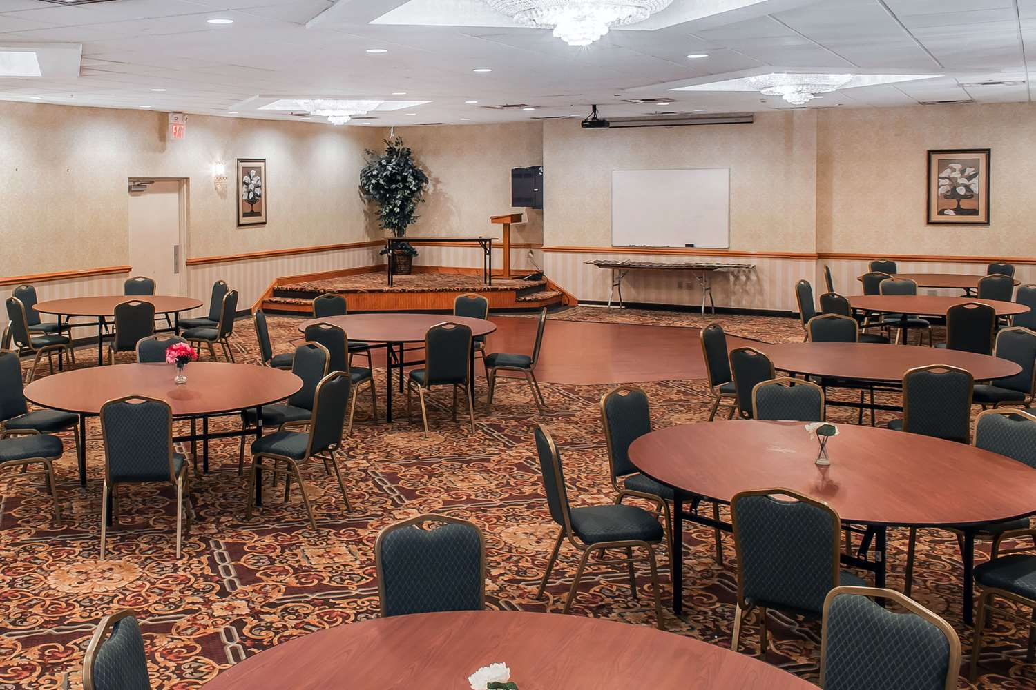 Meeting Facilities - Quality Inn Hackettstown