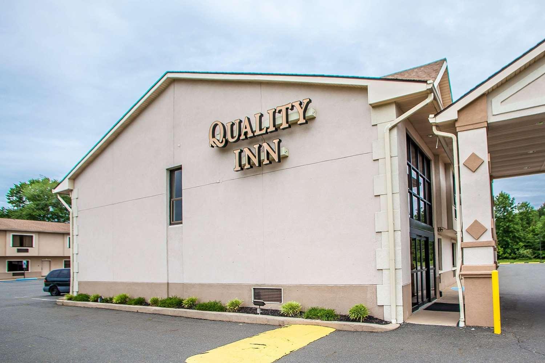 Exterior view - Quality Inn East Windsor