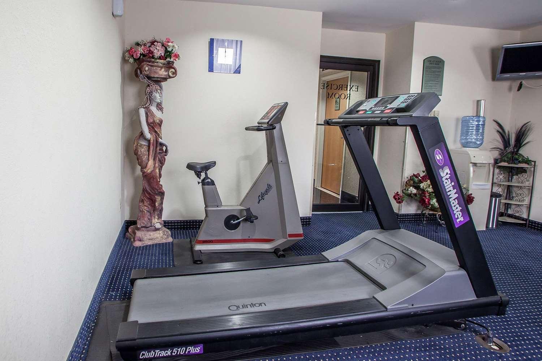Fitness/ Exercise Room - Quality Inn East Windsor