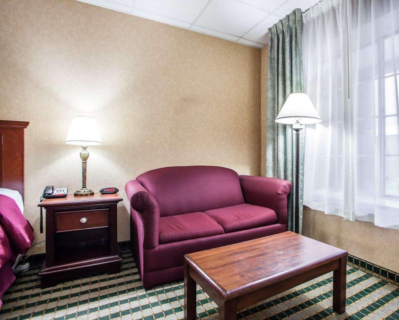 Room - Clarion Hotel Palmer Inn Princeton