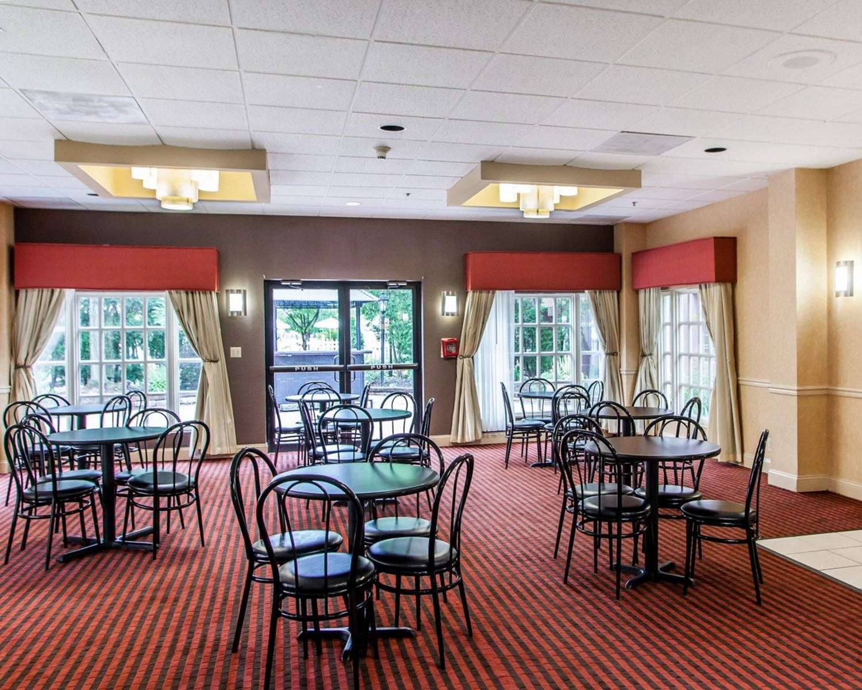 Restaurant - Clarion Hotel Palmer Inn Princeton