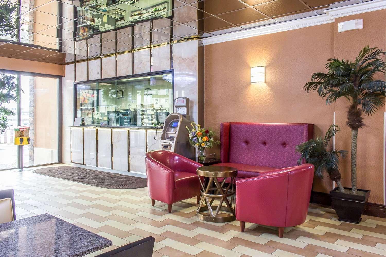 Lobby - Rodeway Inn Capri Little Ferry