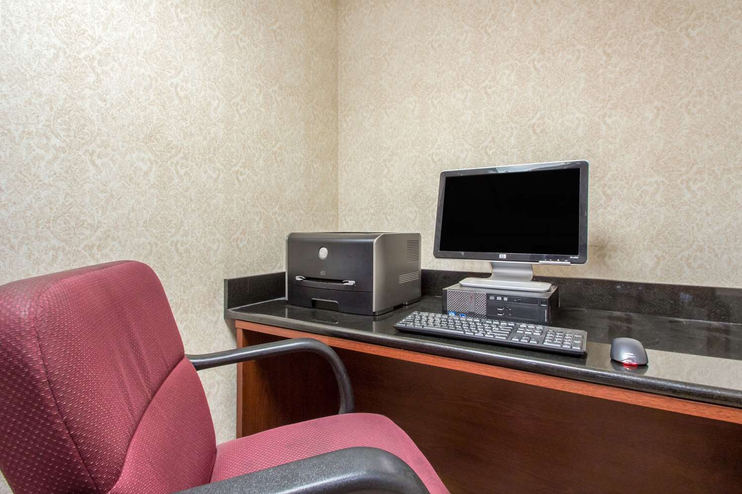 Conference Area - Quality Inn Lawrenceville