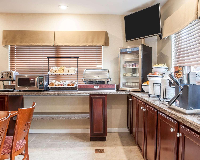 Restaurant - Comfort Inn Toms River