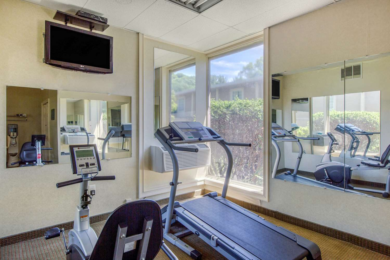 Fitness/ Exercise Room - Quality Inn Ledgewood