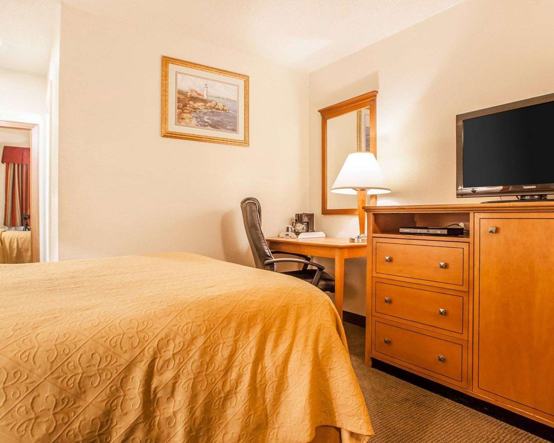 Room - Rodeway Inn Point Pleasant