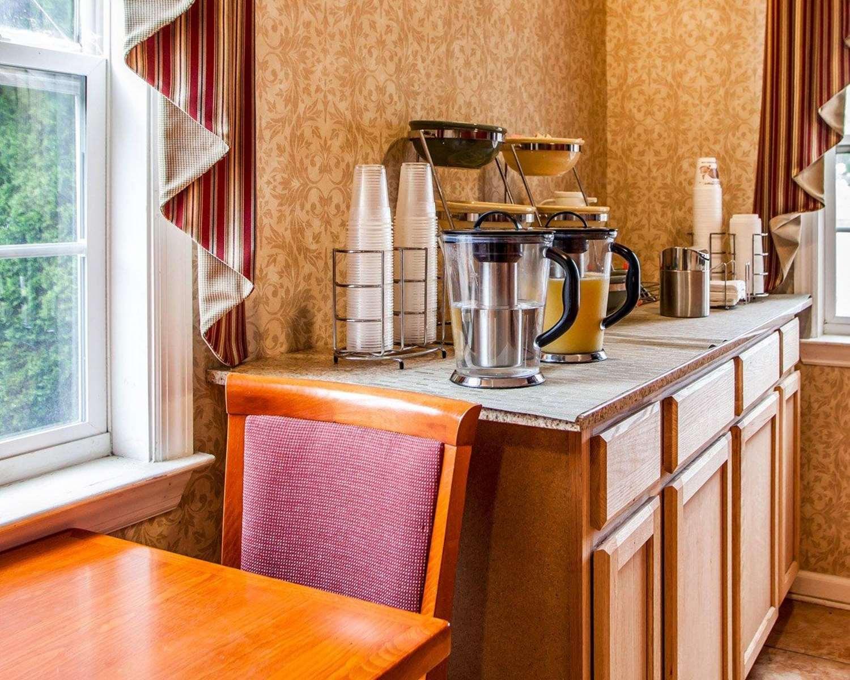 Restaurant - Rodeway Inn Point Pleasant