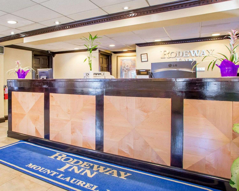 Lobby - Rodeway Inn Mt Laurel