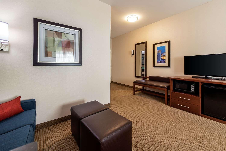 Suite - Comfort Suites Galloway