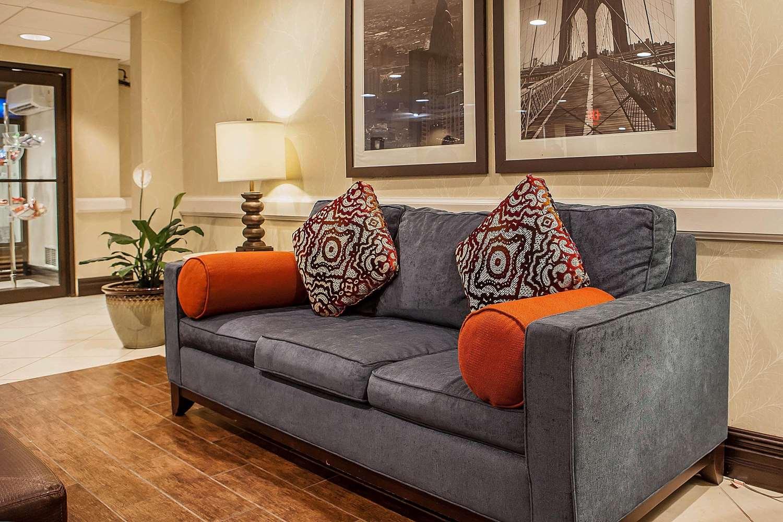 Lobby - Comfort Inn & Suites Somerset