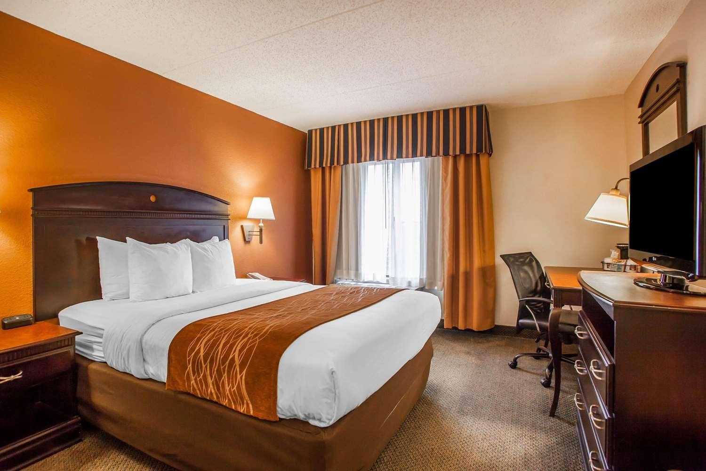 Room - Comfort Inn & Suites Somerset