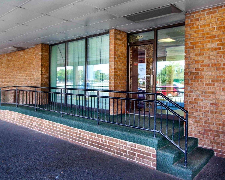 Exterior view - Rodeway Inn Secaucus