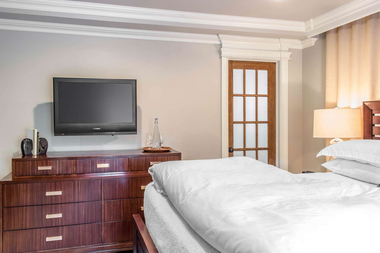 Room - Peacock Inn Princeton