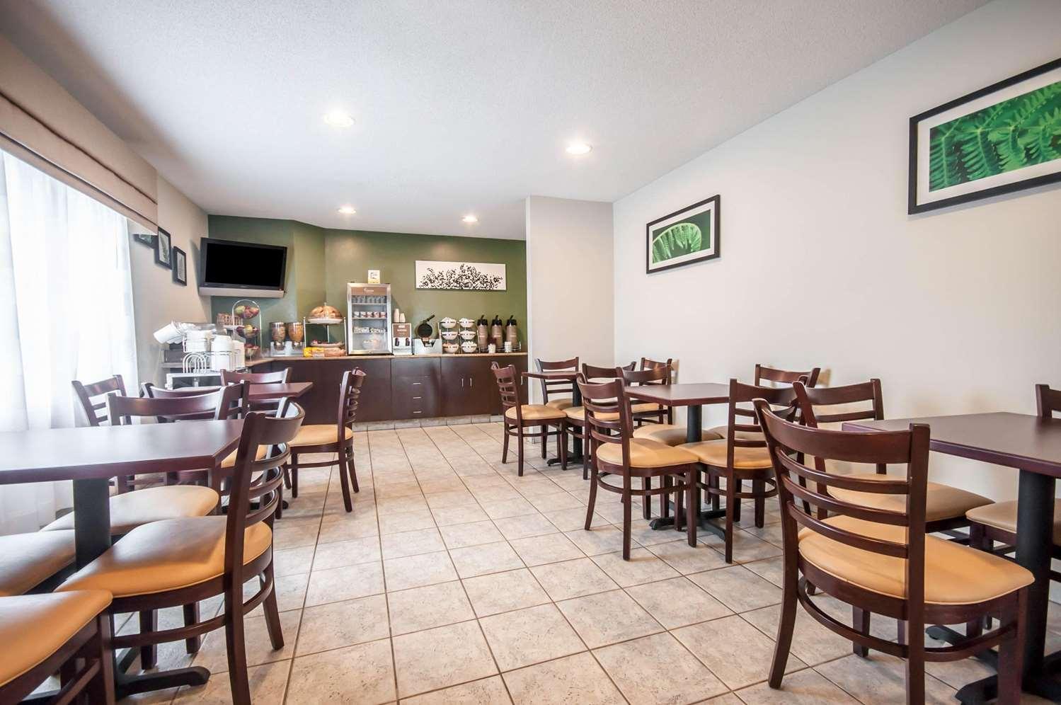 Restaurant - Sleep Inn Cinnaminson