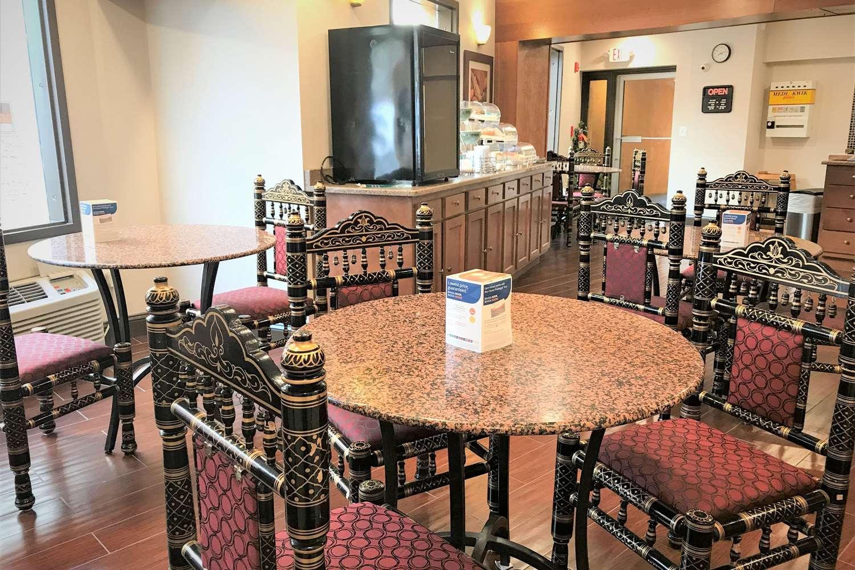 Restaurant - Rodeway Inn Gloucester City