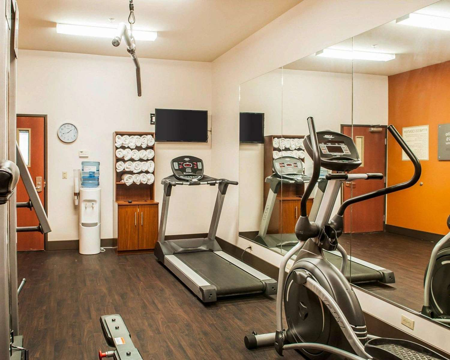 Fitness/ Exercise Room - Comfort Suites Gallup