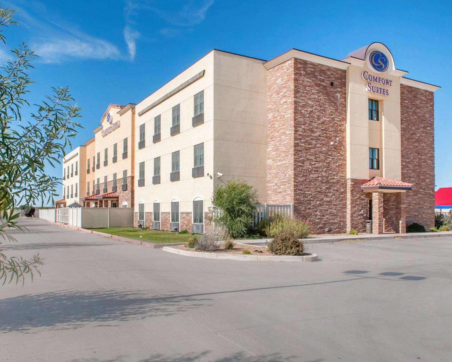 Exterior view - Comfort Suites Roswell