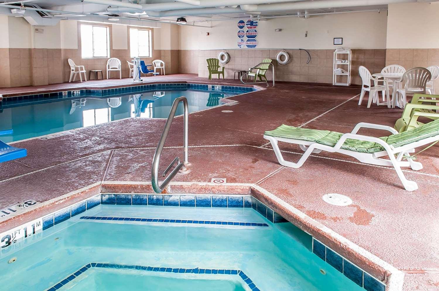 Pool - Sleep Inn Airport Albuquerque