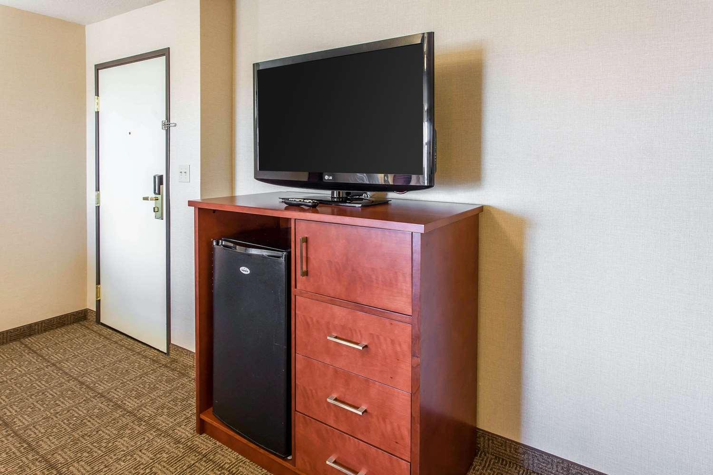 Room - Comfort Inn Fallon
