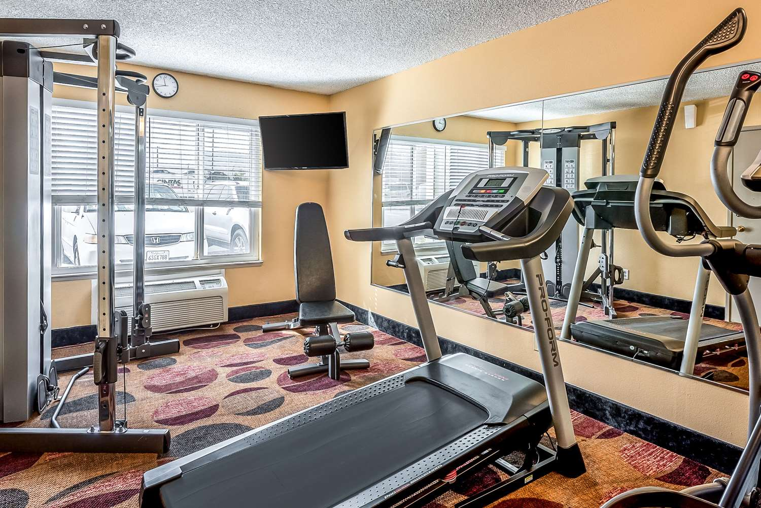 Fitness/ Exercise Room - Quality Inn & Suites Reno