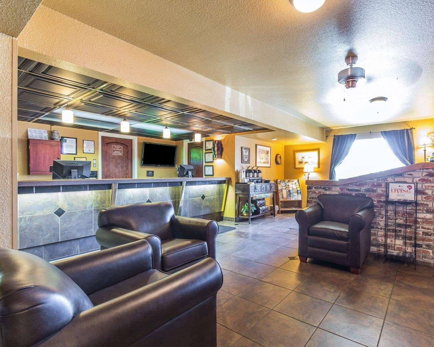 Lobby - Quality Inn Winnemucca