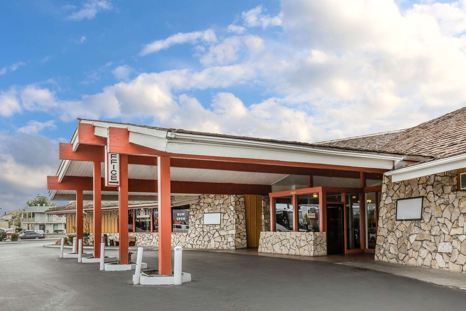 Exterior view - Econo Lodge Reno