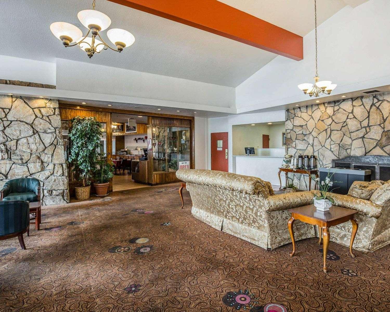 Lobby - Econo Lodge Reno
