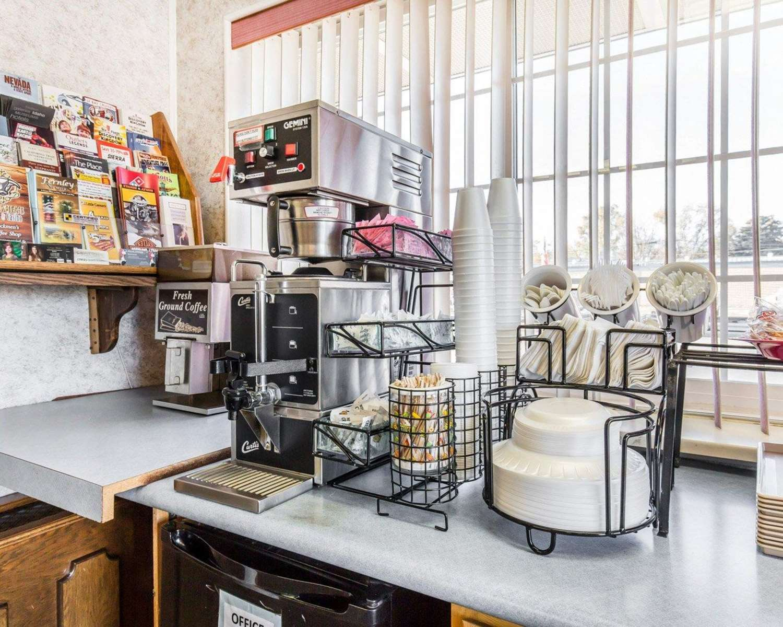 Restaurant - Rodeway Inn Elko