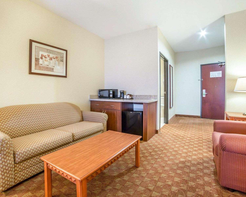 Suite - Comfort Inn & Suites Las Vegas
