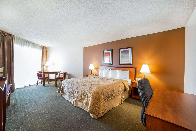 Room - Quality Inn Boulder City