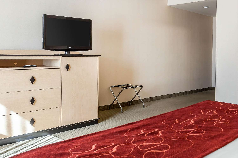 Room - Comfort Inn Airport Reno