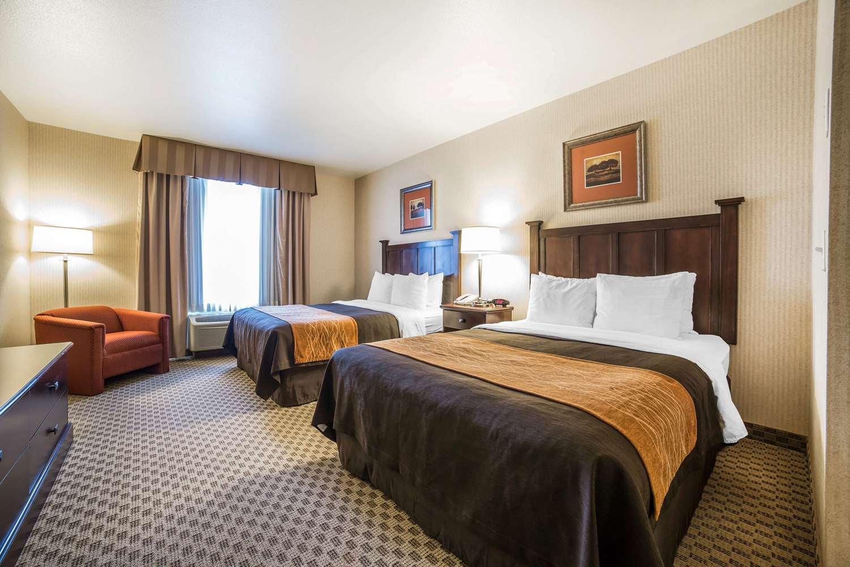 Suite - Comfort Inn & Suites Henderson