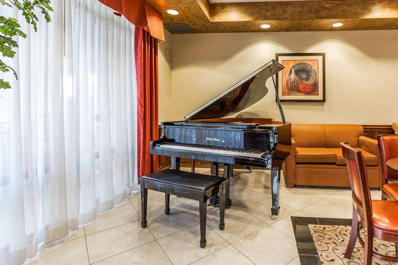 Lobby - Comfort Inn & Suites Henderson