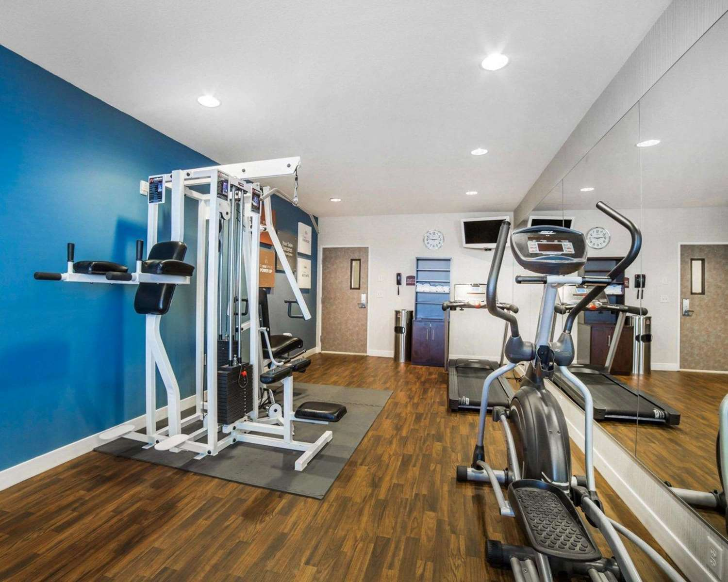Fitness/ Exercise Room - Comfort Suites Fernley