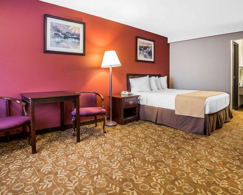 Suite - Quality Inn & Suites Minden