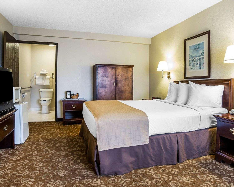 Room - Quality Inn & Suites Minden