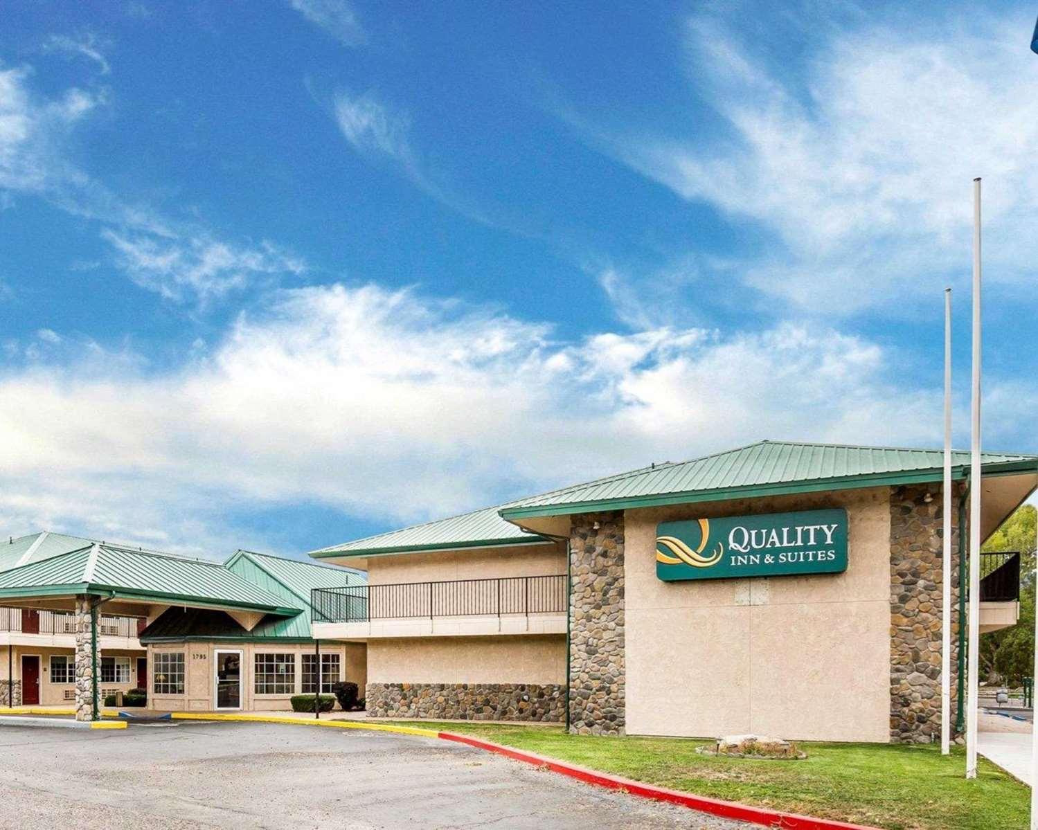 Exterior view - Quality Inn & Suites Minden