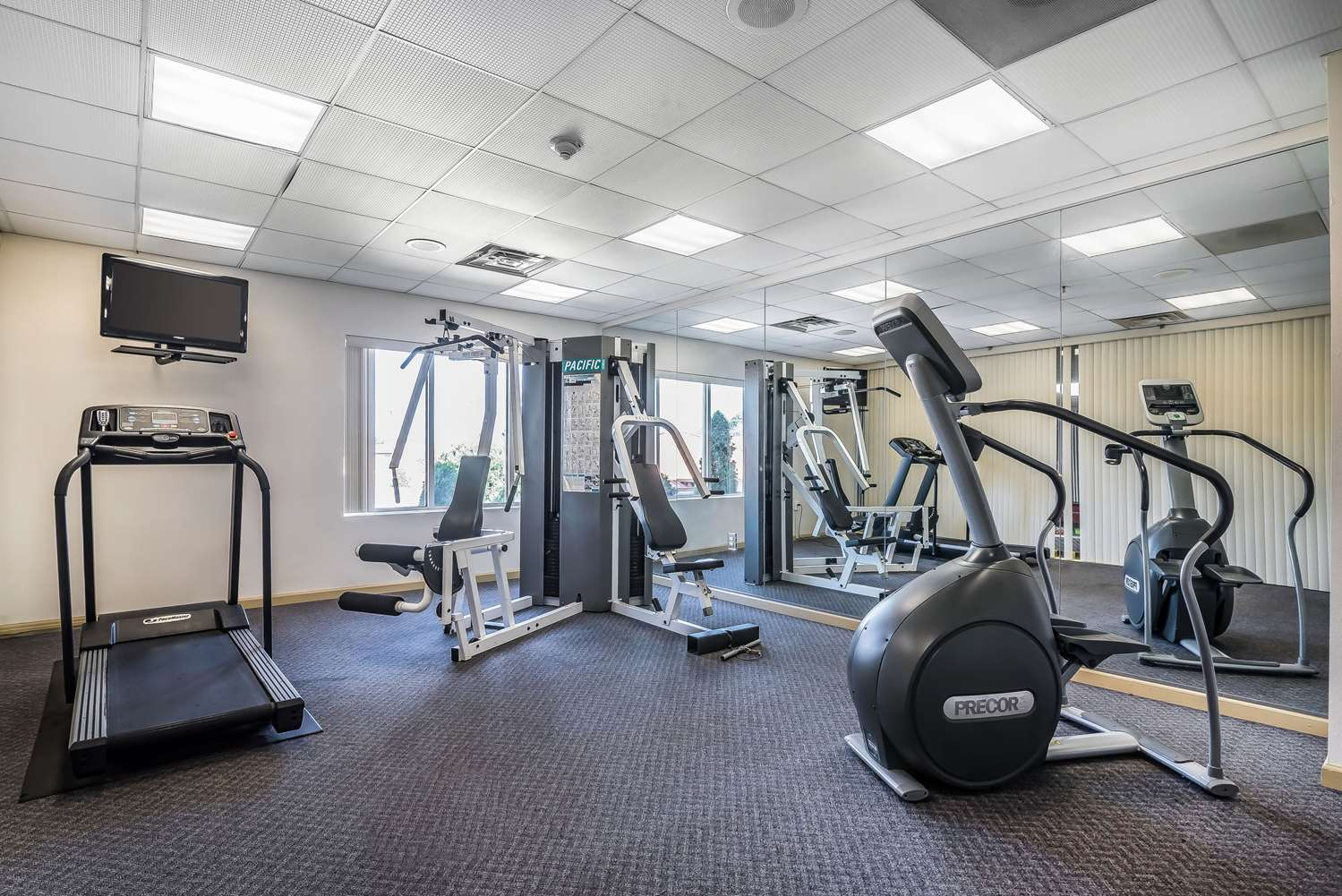 Fitness/ Exercise Room - Quality Inn & Suites Albany Airport Latham