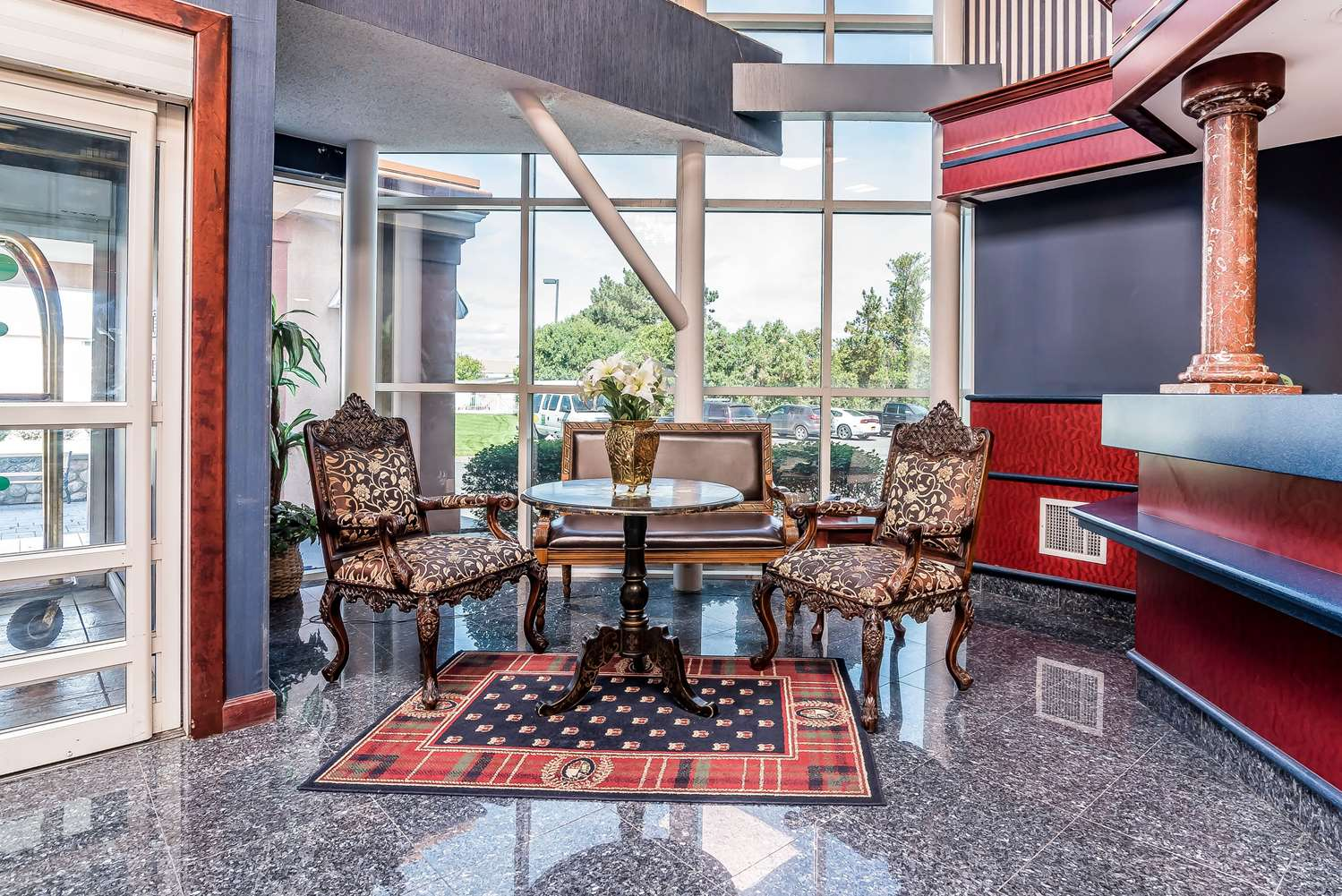 Lobby - Quality Inn & Suites Albany Airport Latham