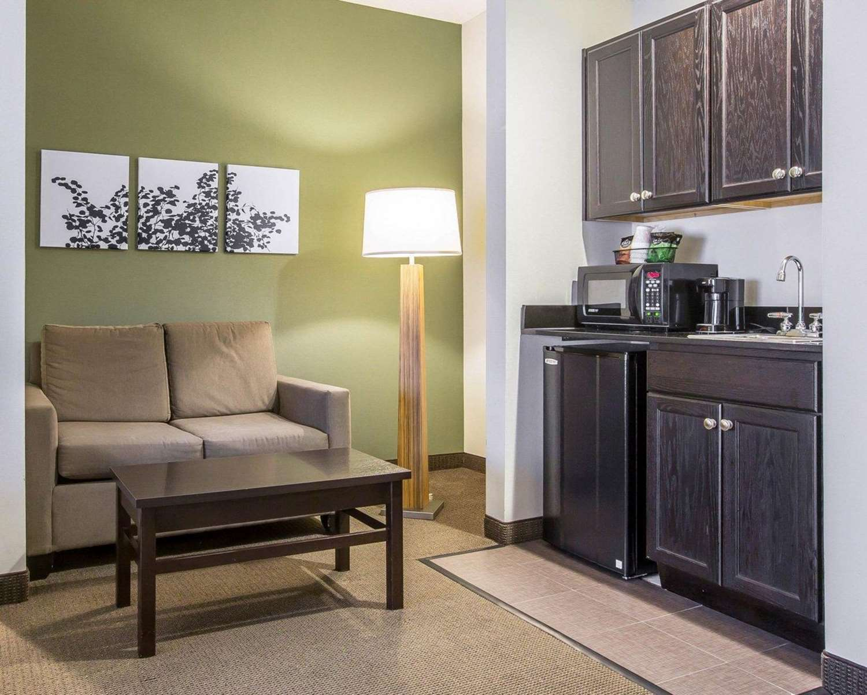 Suite - Sleep Inn & Suites Queensbury