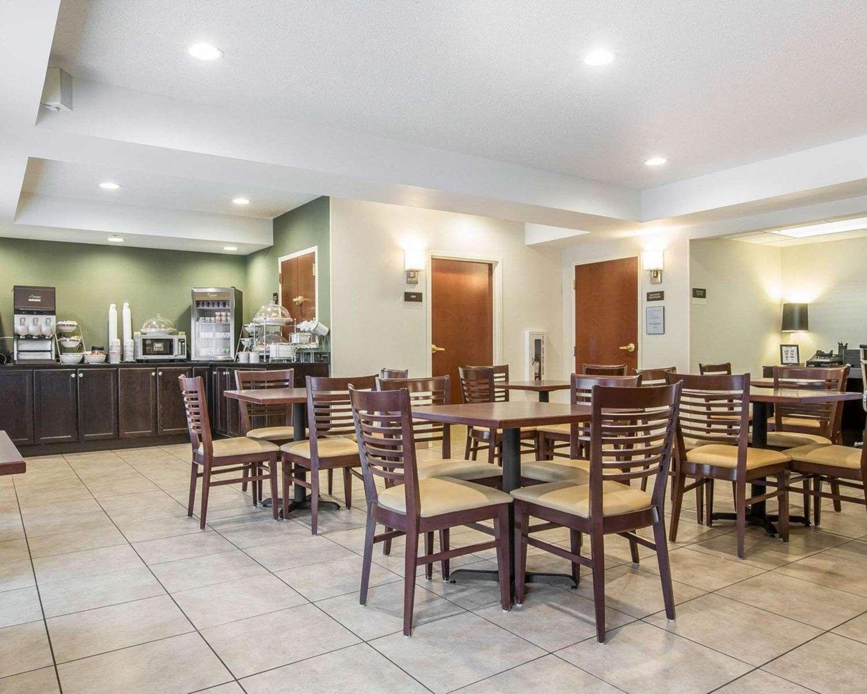 Restaurant - Sleep Inn & Suites Queensbury
