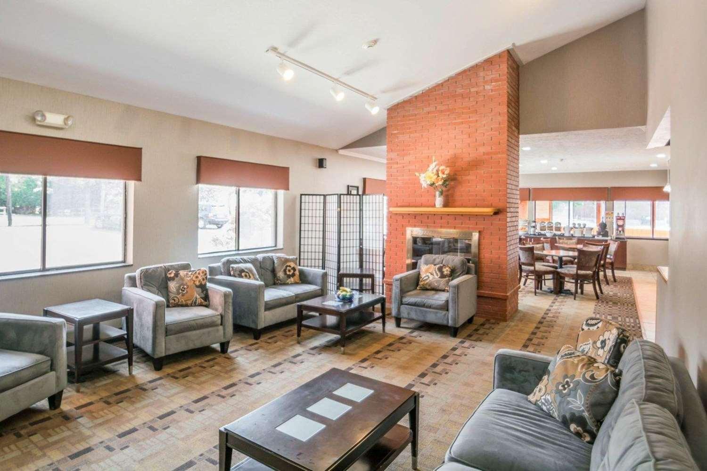 Lobby - Comfort Inn Corning