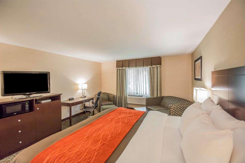 Suite - Comfort Inn Corning