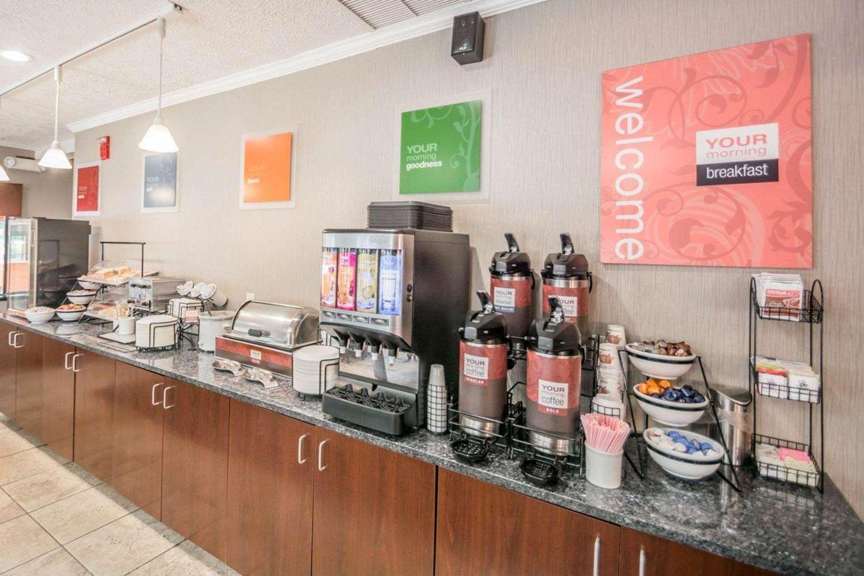 Restaurant - Comfort Inn Corning