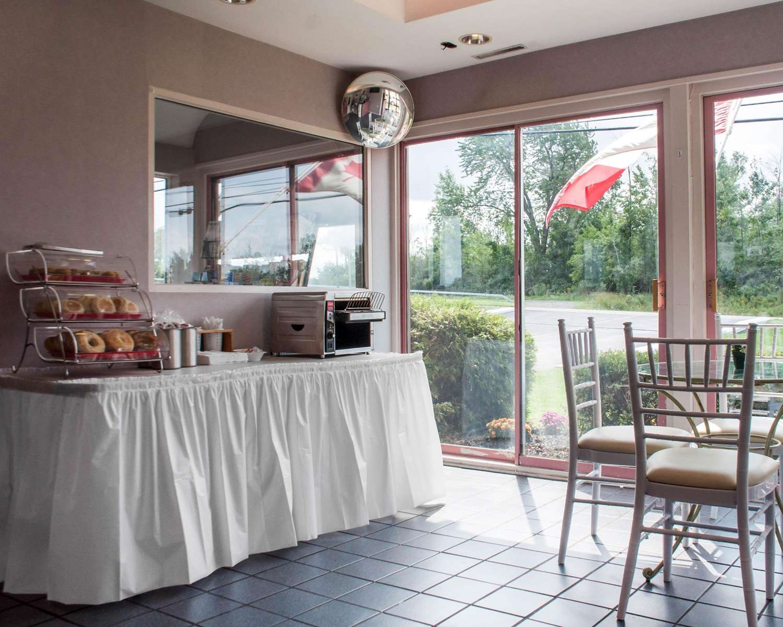 Restaurant - Econo Lodge South Blasdell