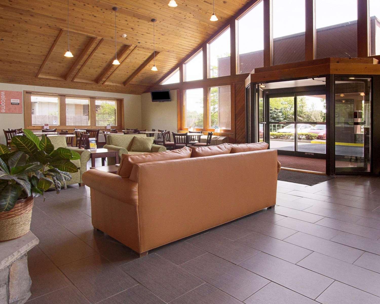 Lobby - Comfort Inn Carrier Circle Syracuse
