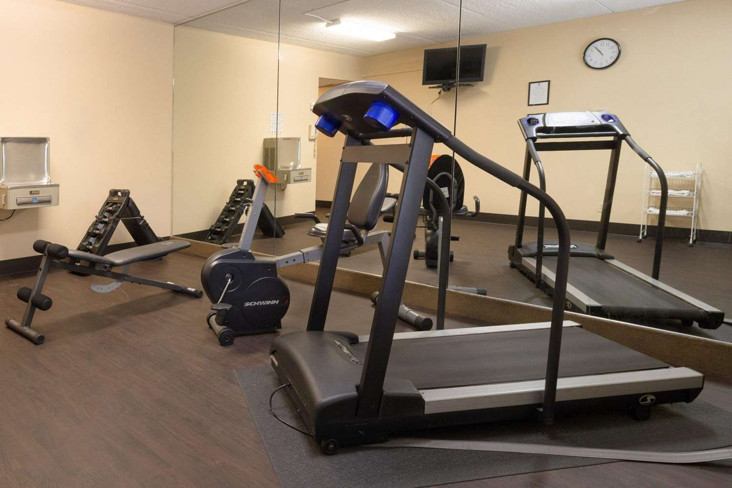Fitness/ Exercise Room - Comfort Inn Carrier Circle Syracuse