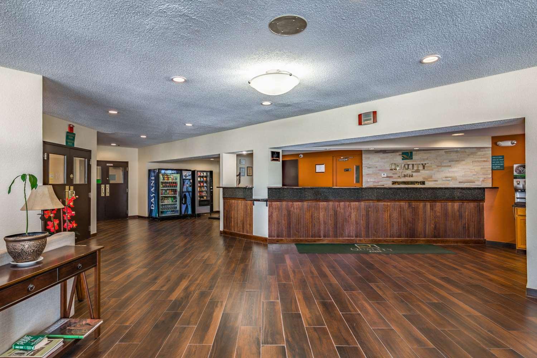 Lobby - Quality Inn Schenectady