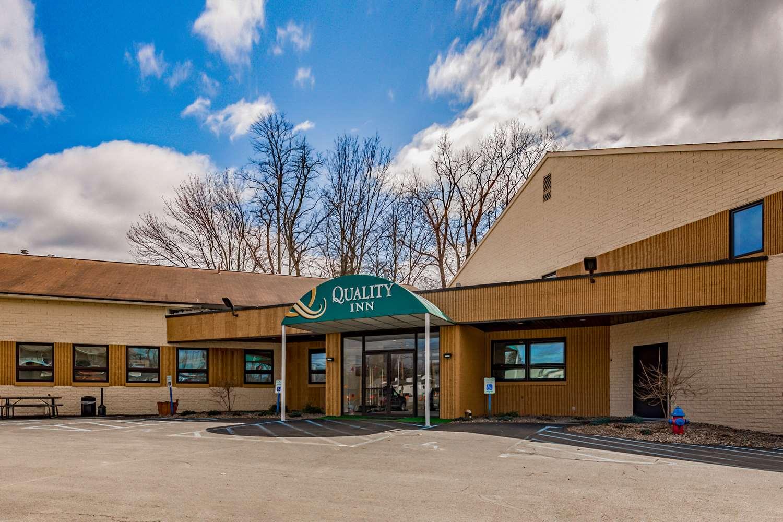 Exterior view - Quality Inn Schenectady