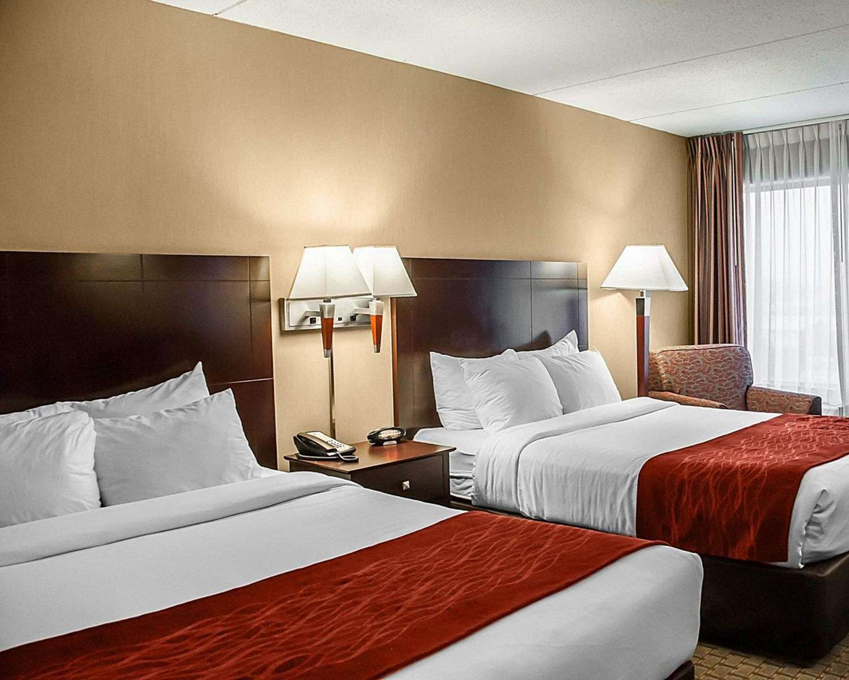 Comfort Inn Amp Suites Watertown Ny See Discounts